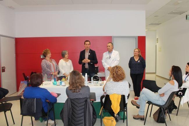 Actividades en el Hospital de Poniente con motivo del Día contra el Cáncer de Mama