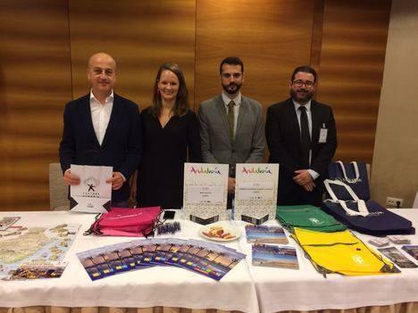 Gran acogida del destino 'Costa de Almería' en las misiones comerciales en el levante