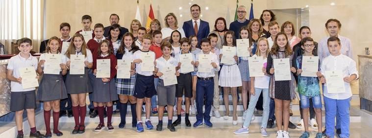 """El alcalde """"da voz a los más jóvenes"""" en el Consejo Local de Participación de la Infancia y la Adolescencia"""