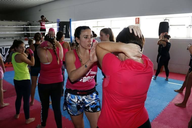 Un centenar de mujeres participan el curso de Defensa Personal impulsado por la Diputación
