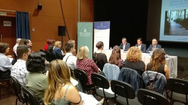 SAE y Diputación de Almería trabajan en la inserción sociolaboral de personas con adicciones