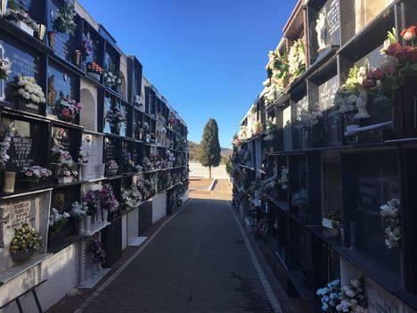 Los Cementerios de Berja ya están listos para la festividad de Todos los Santos
