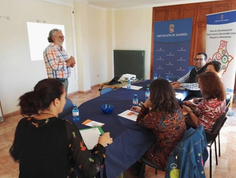 Empresarios de Berja aprenden coaching de la mano de la Diputación Provincial