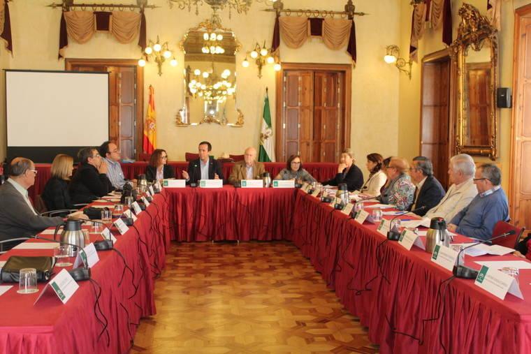 Casi 100.000 personas mayores hay ya en Almería