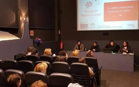 Ponencia en Adra para abordar los pasos a seguir ante casos de violencia de género