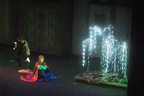 El musical familiar 'La reina de las nieves' triunfa en Roquetas de Mar