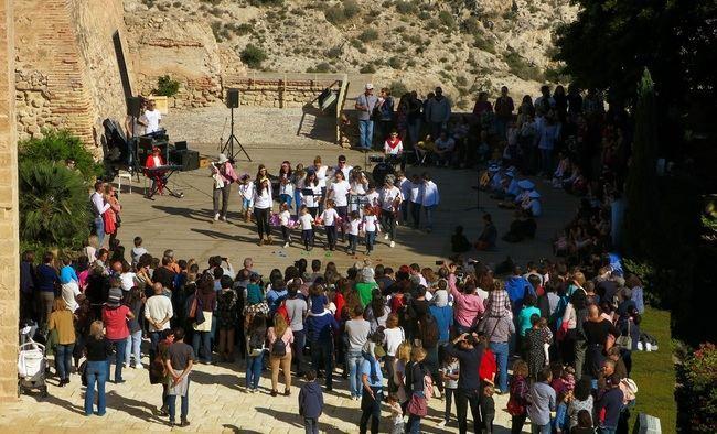 El Área Pediátrica de Torrecárdenas se acerca a la Alcazaba en el Día Internacional del Niño