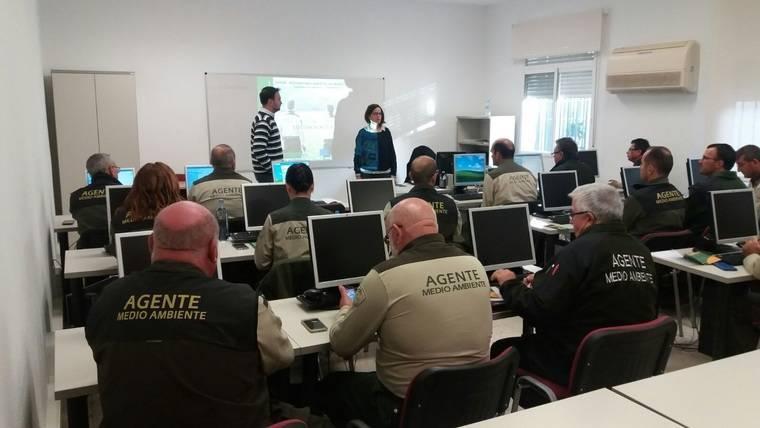 Curso sobre la Red de Información Ambiental de Andalucía pa a agentes forestales