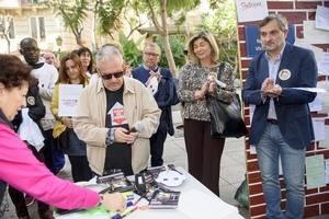 Abad asiste a la lectura del Manifiesto que por el Día de las Personas sin Hogar