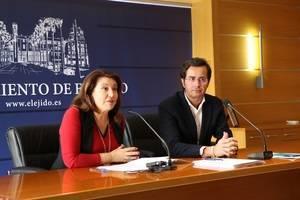 Crespo pide a Díaz que se comprometa con el agua de Almería