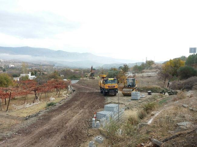 Mejora la seguridad de la vía de servicio en el kilómetro 337 de la A-92 de Abla