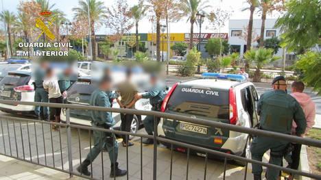 Detenida una banda responsable de 22 delitos en La Mojonera