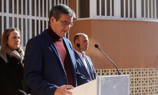 Adra celebra el 39 aniversario de la Constitución con los escolares