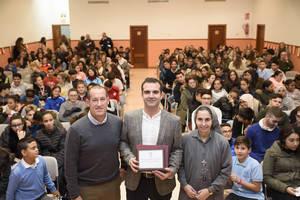 120 alumnos del colegio María Inmaculada en la charla del alcalde sobre la Constitución
