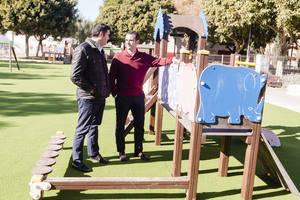 El Ayuntamiento invierte casi 60.000 euros en el parque infantil de la Plaza de los Periodistas