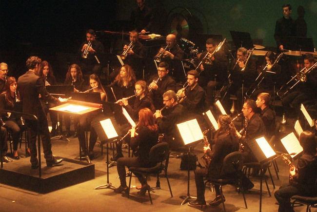 Gran concierto de Navidad de la Banda Unión Musical de Roquetas en el Teatro Auditorio