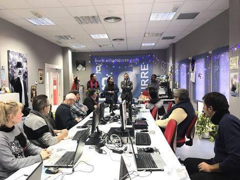 Centros Guadalinfo de Turre y Huércal de Almería enseñan a crear dispositivos inteligentes para tareas cotidianas