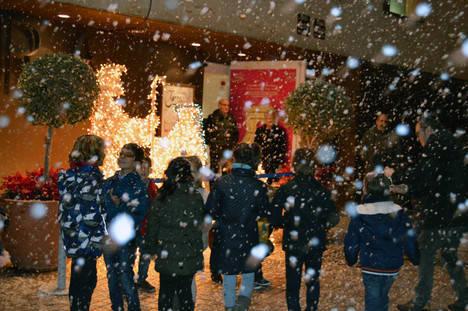 Nieva en el Museo de la Guitarra todos los días, a las 19 horas, en #AlmeríaEsNavidad