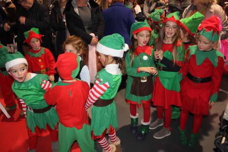 Animación navideña en el Mercado Central