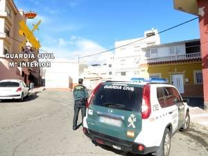 Detenidos dos tironeros de móviles