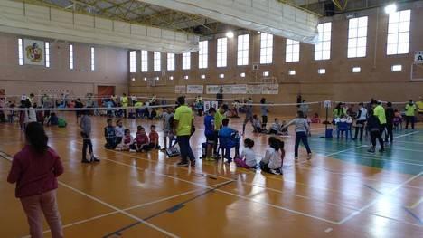 Diputación promociona el Bádminton entre los jóvenes a través de los JDP