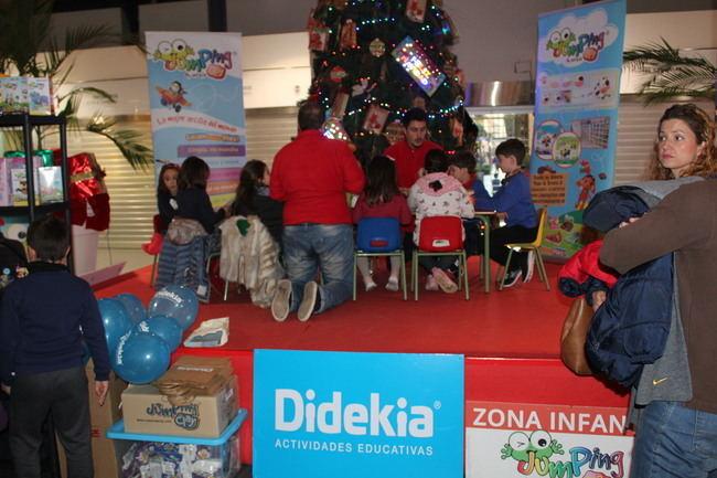 El Mercado Central se llena de niños con los talleres 'Jumping Day'