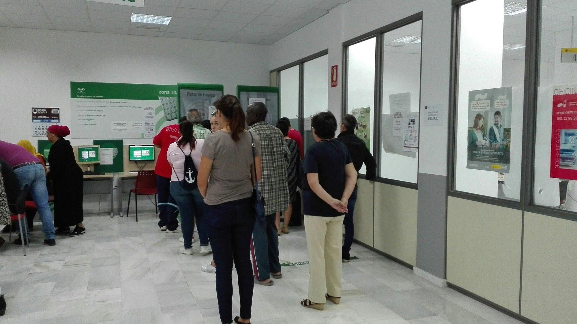 El sae de almer a recogi ofertas de empleo en 2017 for Oficina empleo almeria