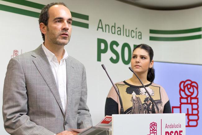 """El PSOE acusa a PP y Gicar de estar """"saqueando"""" el Ayuntamiento de Carboneras"""