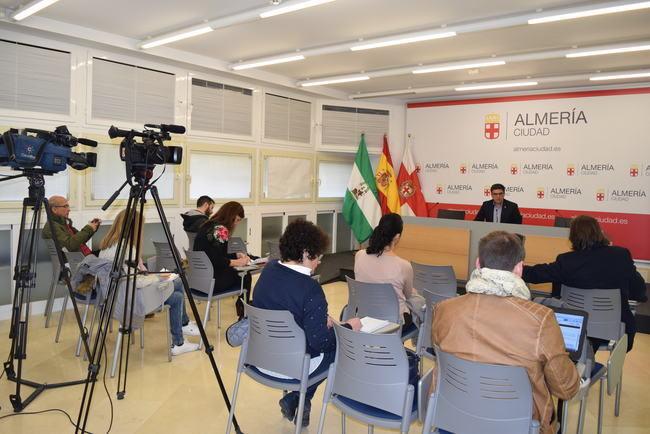Cazorla habla de 'escenario hostil creado' por miembros del PP en el Gobierno municipal
