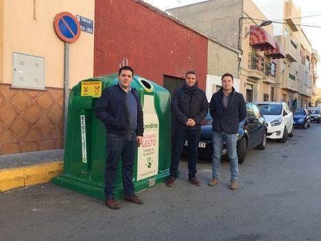 Más de una veintena de establecimientos de Viator en la campaña de reciclaje de vidrio