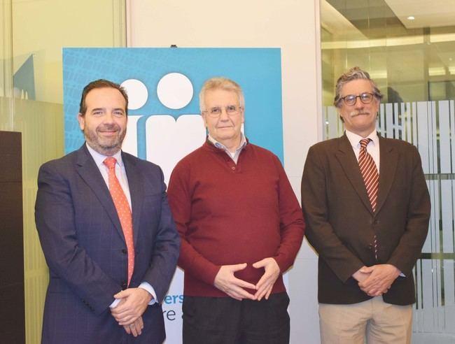 Cajamar firma un convenio con la Agrupación Nacional de Vendedores de Publicaciones