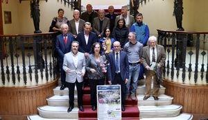 Las rutas del 'Almendro en Flor' estrena nuevos recorridos en bicicleta y a caballo
