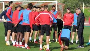 El Almería prepara la estrategia y aspectos tácticos ante el partido de Lorca