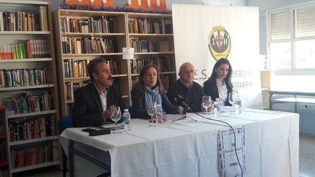 'Descubre su alma' es el lema de la III Feria de Turismo del IES Almeraya