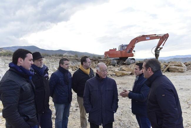 Diputación garantiza el abastecimiento de Macael con un nuevo depósito en el Cerro del Charcón