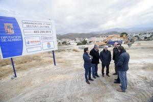 Diputación y Fines urbanizan el sector F para el municipio pueda seguir aumentando su población