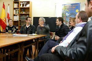 """El alcalde se muestra """"orgulloso"""" del """"fuerte movimiento vecinal que existe en Almería"""""""