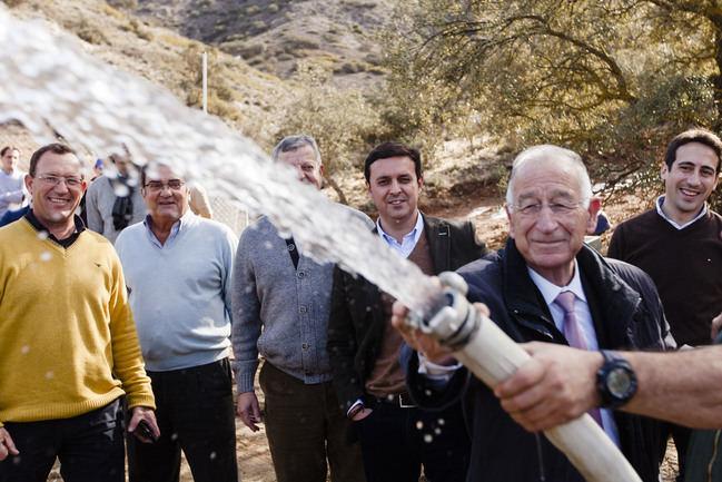 Diputación electrifica el sondeo que dará de beber a siete barriadas de Vélez-Rubio