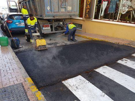 El Ayuntamiento de Garrucha mejora la accesibilidad de sus calles comerciales