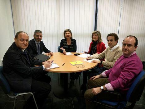Ayuntamiento de Almería y Endesa se coordinan para dar información sobre la aplicación del nuevo Bono Social