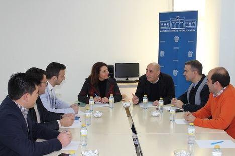 """Apoyo del PP a los jóvenes empresarios ante la """"parálisis"""" del Gobierno andaluz"""