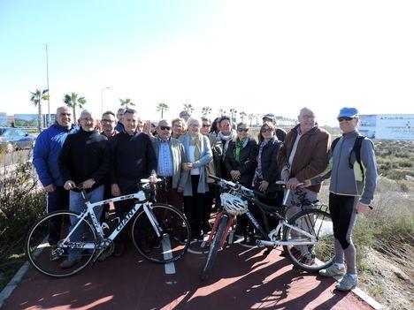 Los socialistas piden conectar con carril-bici El Alquián y EL Toyo