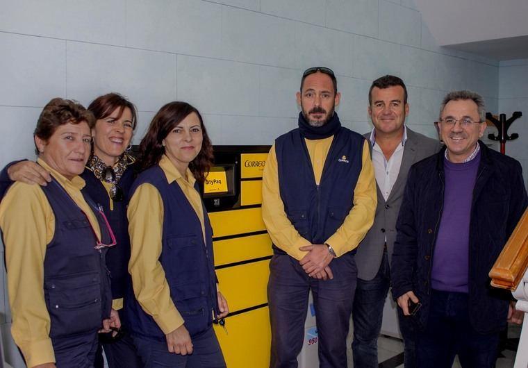 Correos instala en carboneras 2 terminales autom ticos de for Oficina correos almeria