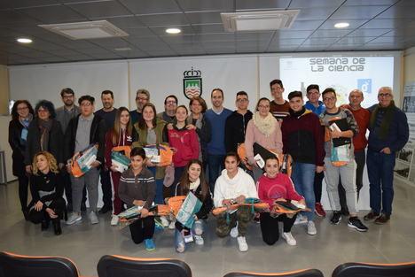 Alrededor de 150 alumnos del instituto de Gádor participan en la Semana de la Ciencia