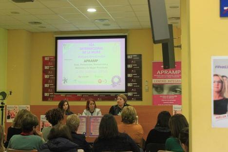 UGT celebra el Día de la Mujer con un coloquio sobre su situación
