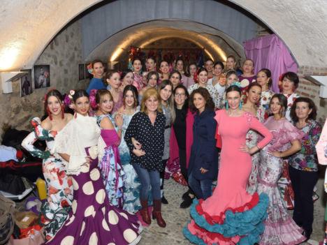 El Castillo de San Andrés acogió el tradicional desfile de trajes de flamenca de Carmen Vega