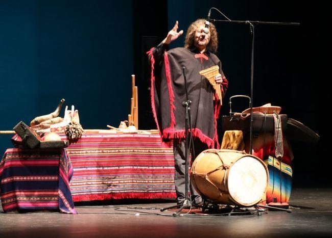 Más de 800 escolares ejidenses conocen el 'Origen de los instrumentos' con Pablo Nahual