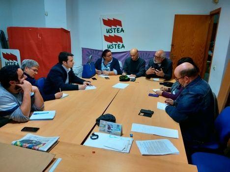 Las direcciones locales de IU y Equo de Almería se reúnen de cara a las municipales del 2019