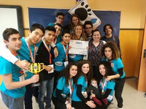 Excelente papel del equipo HydroPaws del IES Alyanub en el First Lego League en Almería