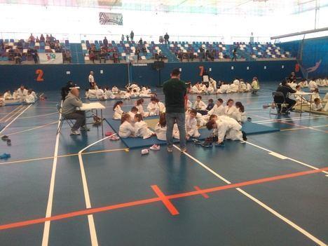 Diputación organiza un encuentro educativo en Ohanes para promocionar el Frontón